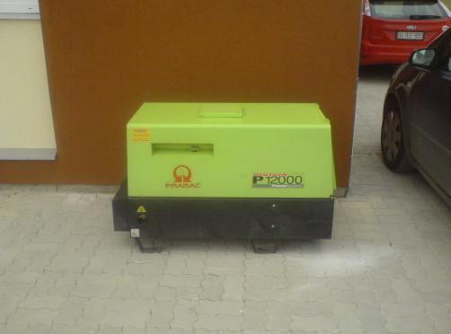 PRAMAC P12000