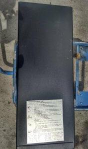 APC Smart-UPS 3000 2.7 KW / 3.0 kVA